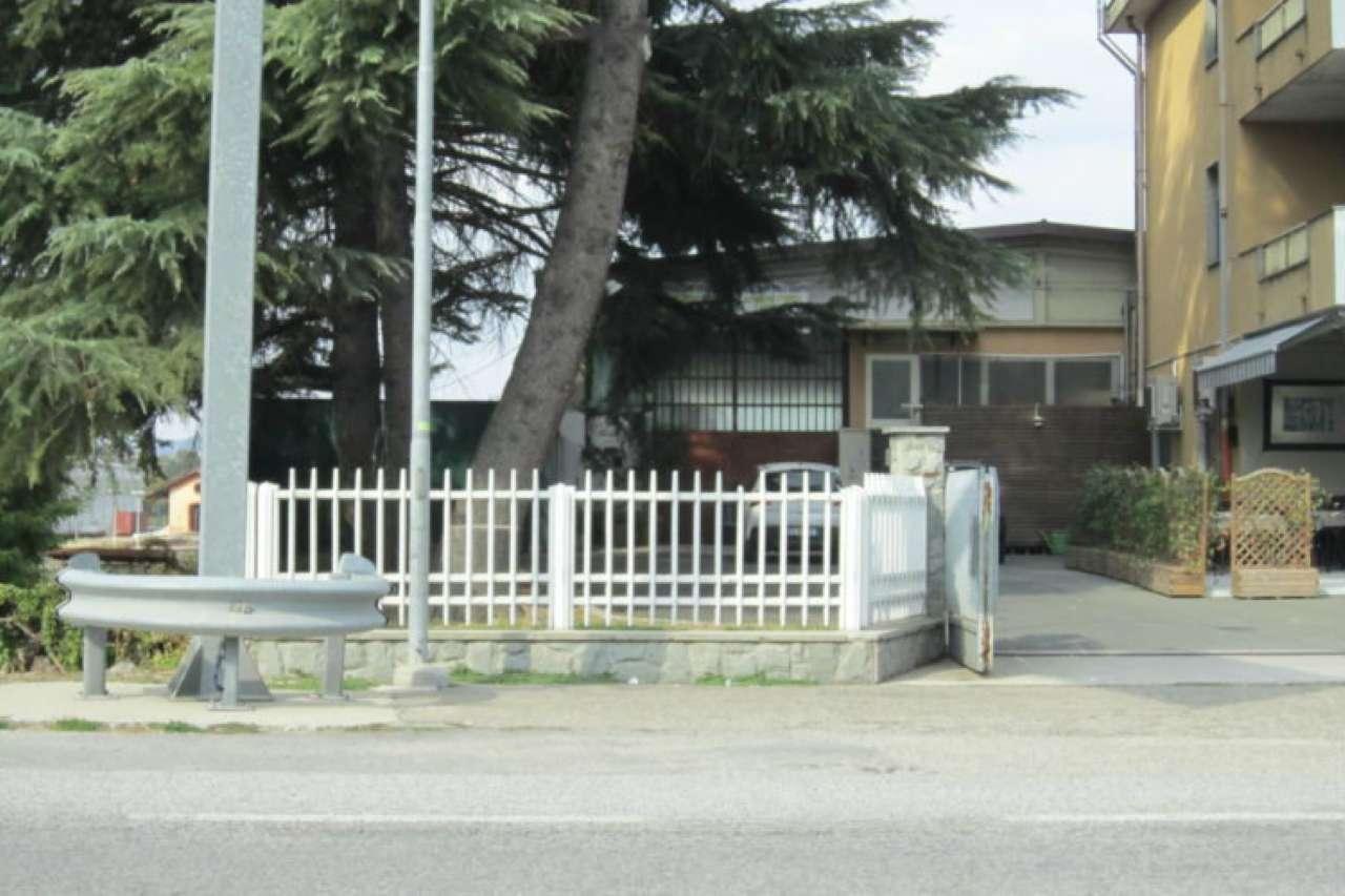 Box / Garage in affitto a Cherasco, 2 locali, prezzo € 1.500 | CambioCasa.it