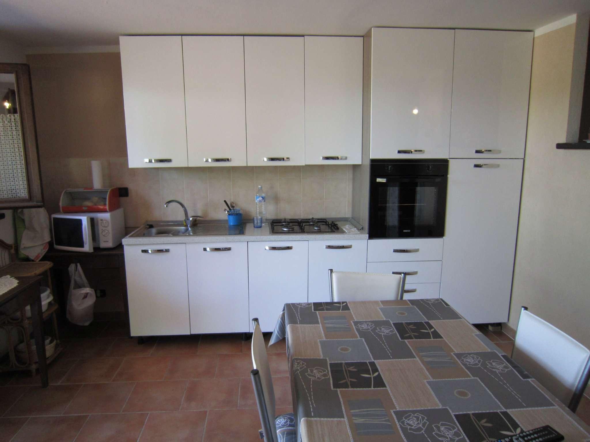 Appartamento in affitto a Cherasco, 2 locali, prezzo € 350 | CambioCasa.it