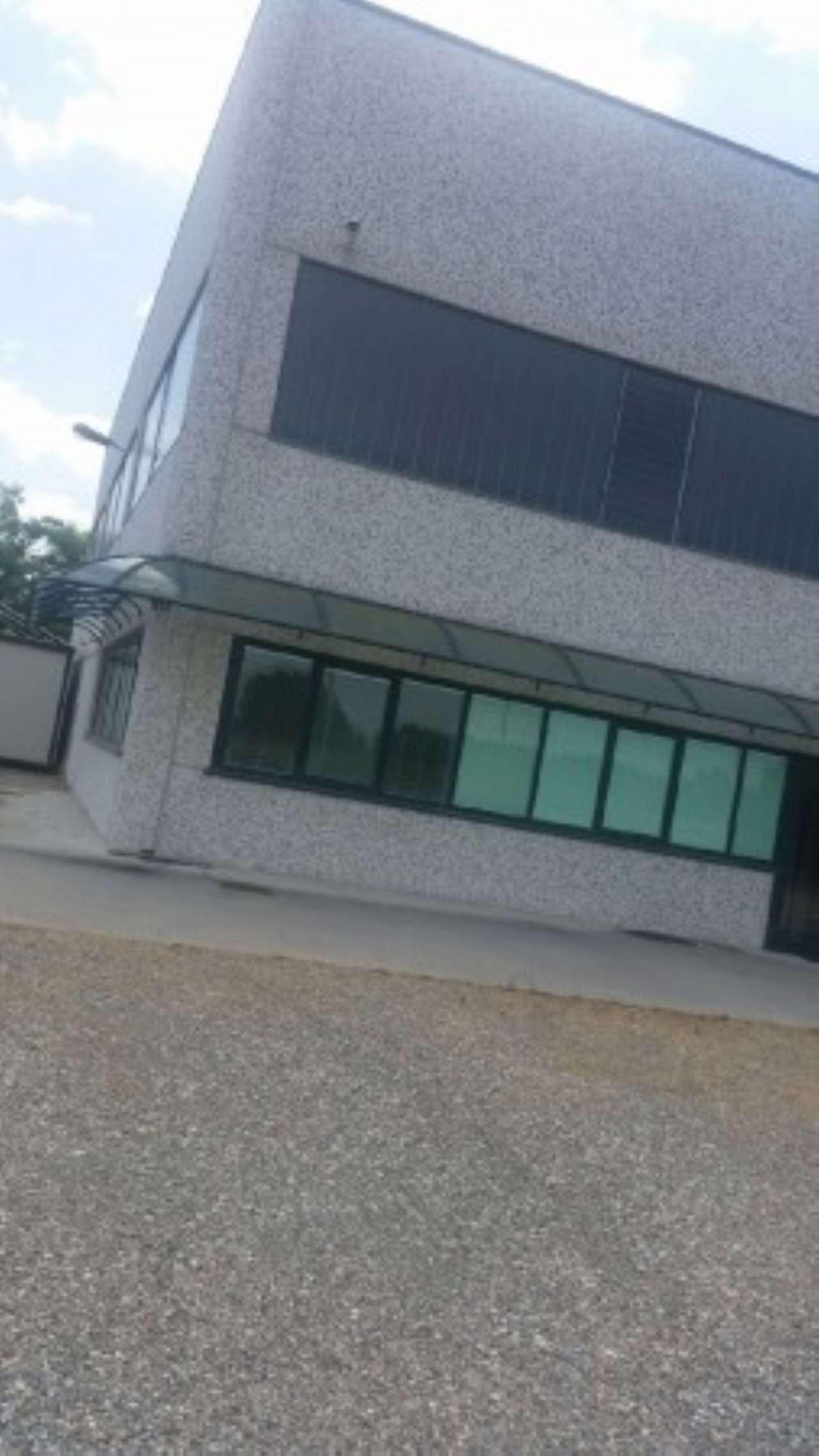 Capannone in vendita a Arena Po, 1 locali, prezzo € 700.000 | CambioCasa.it