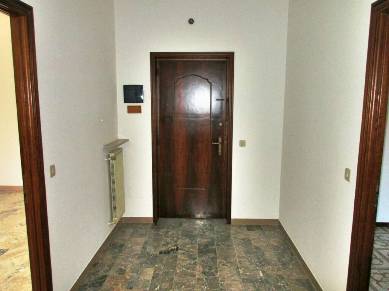 Appartamento da ristrutturare in vendita Rif. 5796121