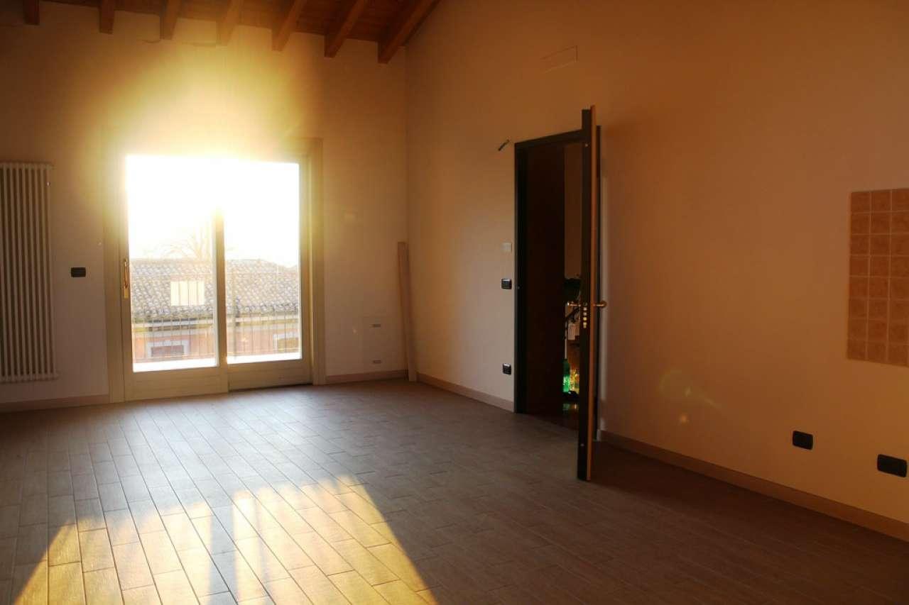 Appartamento in vendita Rif. 8038873