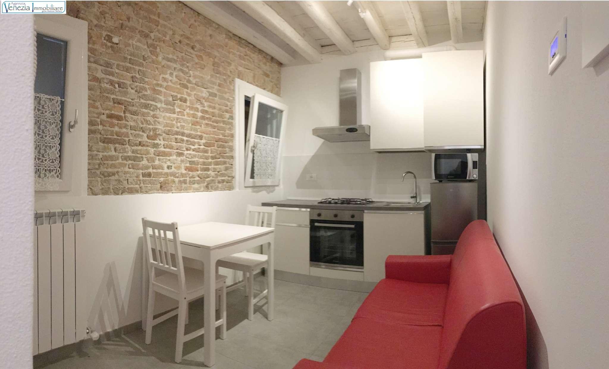 Appartamento in vendita a Chioggia, 3 locali, prezzo € 110.000   CambioCasa.it
