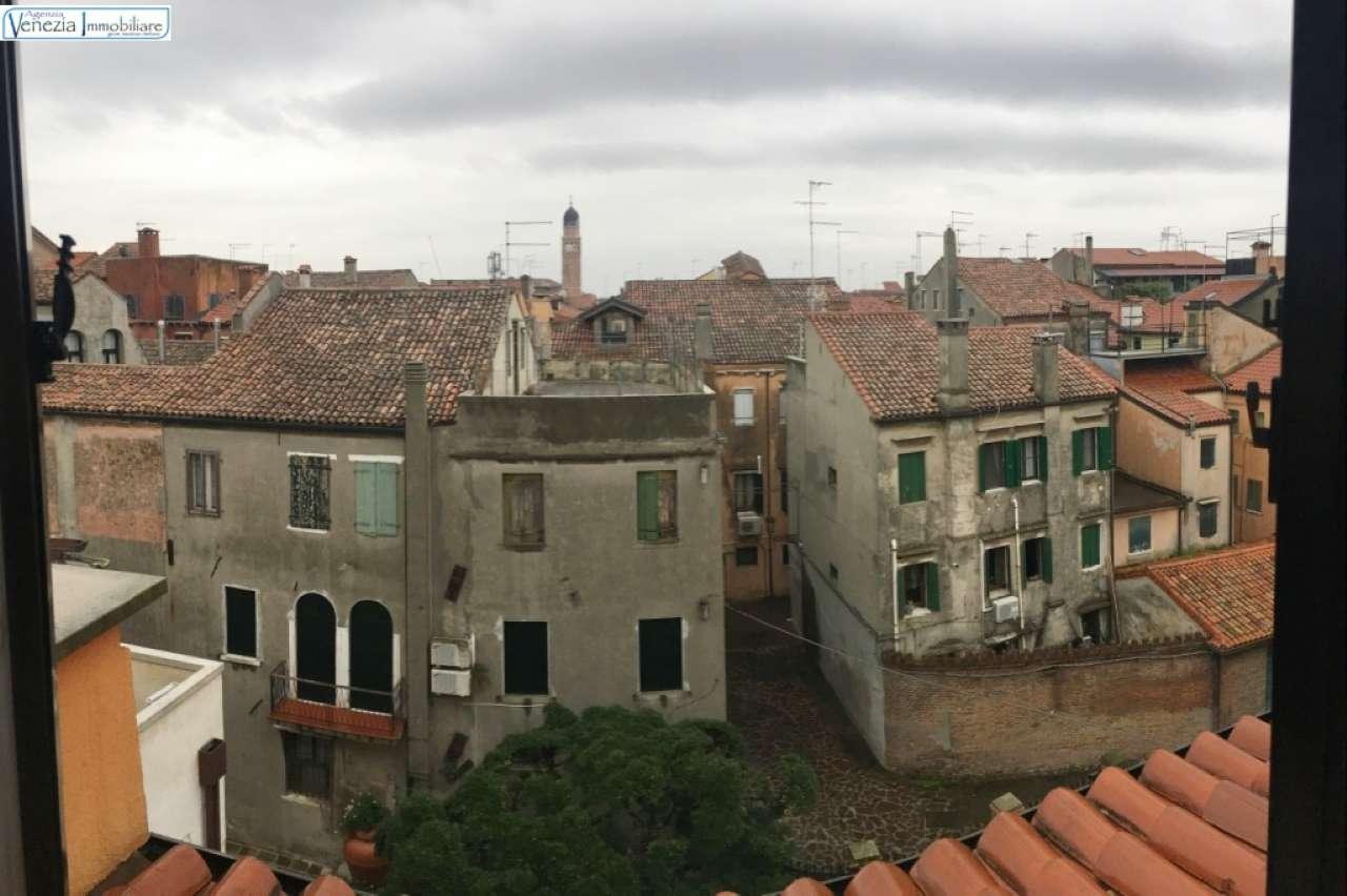 Appartamento in vendita a Chioggia, 5 locali, prezzo € 128.000 | PortaleAgenzieImmobiliari.it