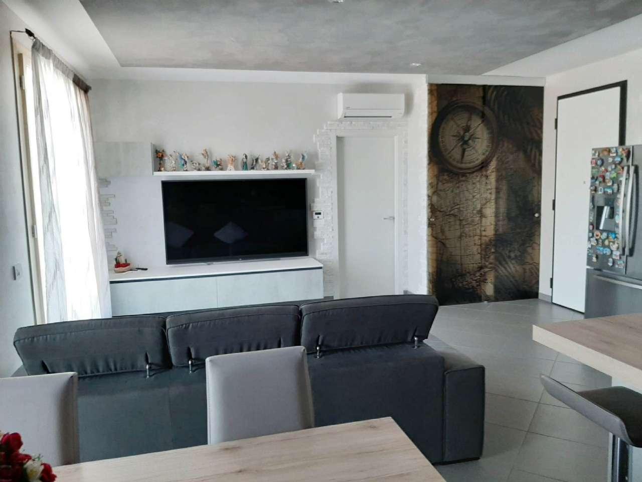 Appartamento in vendita a Chioggia, 5 locali, prezzo € 250.000 | PortaleAgenzieImmobiliari.it