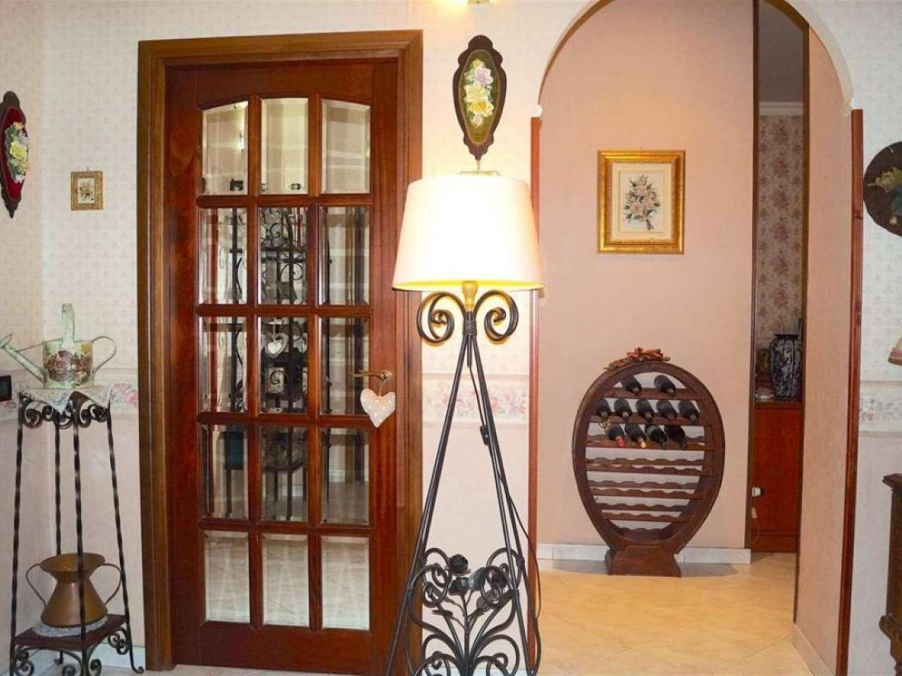 Appartamento in vendita a Roma, 3 locali, zona Zona: 12 . Cinecittà,Don Bosco, Lucrezia Romana, prezzo € 256.000 | CambioCasa.it