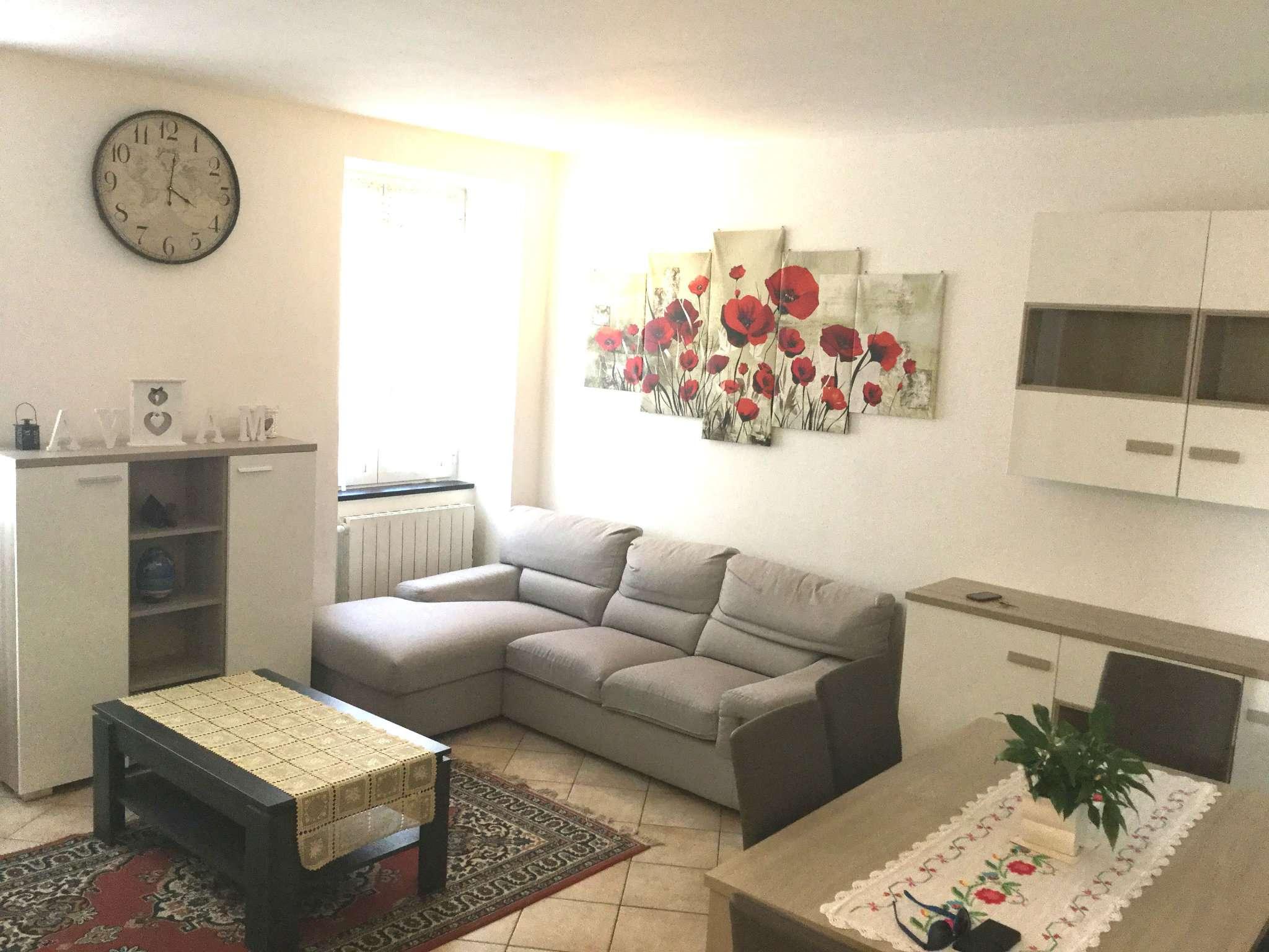 Appartamento in vendita a Mezzanego, 5 locali, prezzo € 95.000   CambioCasa.it