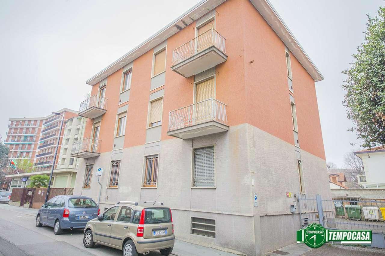 Stabile / Palazzo in buone condizioni in vendita Rif. 8913189
