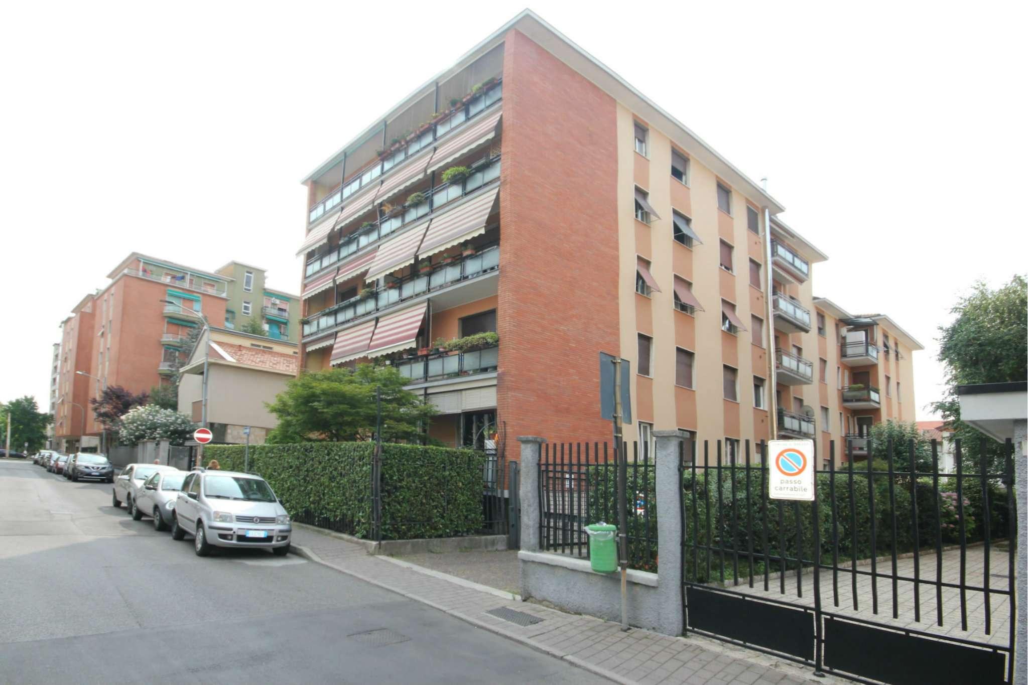 Appartamento in buone condizioni in vendita Rif. 7190487