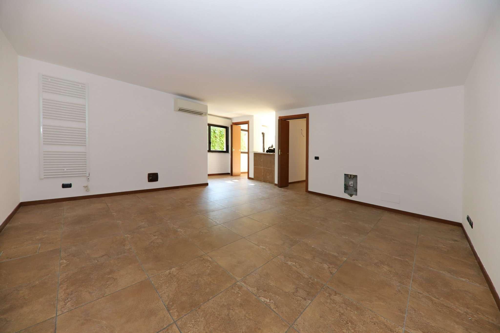Appartamento in affitto a Bovisio Masciago, 2 locali, prezzo € 480 | PortaleAgenzieImmobiliari.it