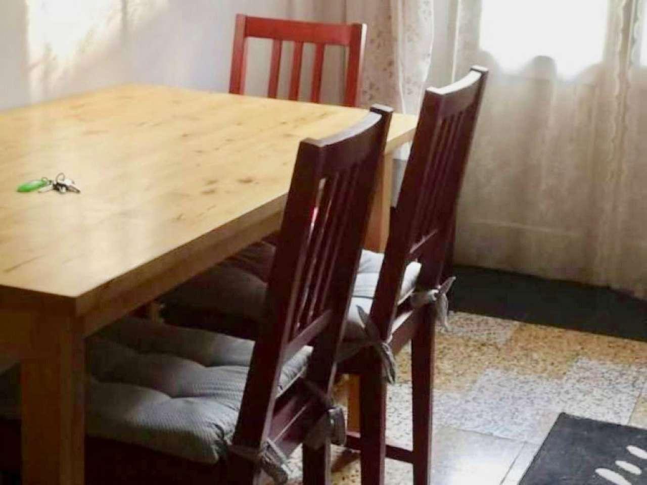 Appartamento in buone condizioni arredato in affitto Rif. 9488350