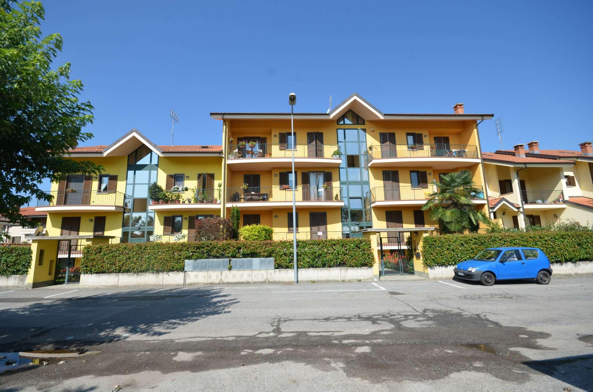 Appartamento in ottime condizioni in vendita Rif. 7441122