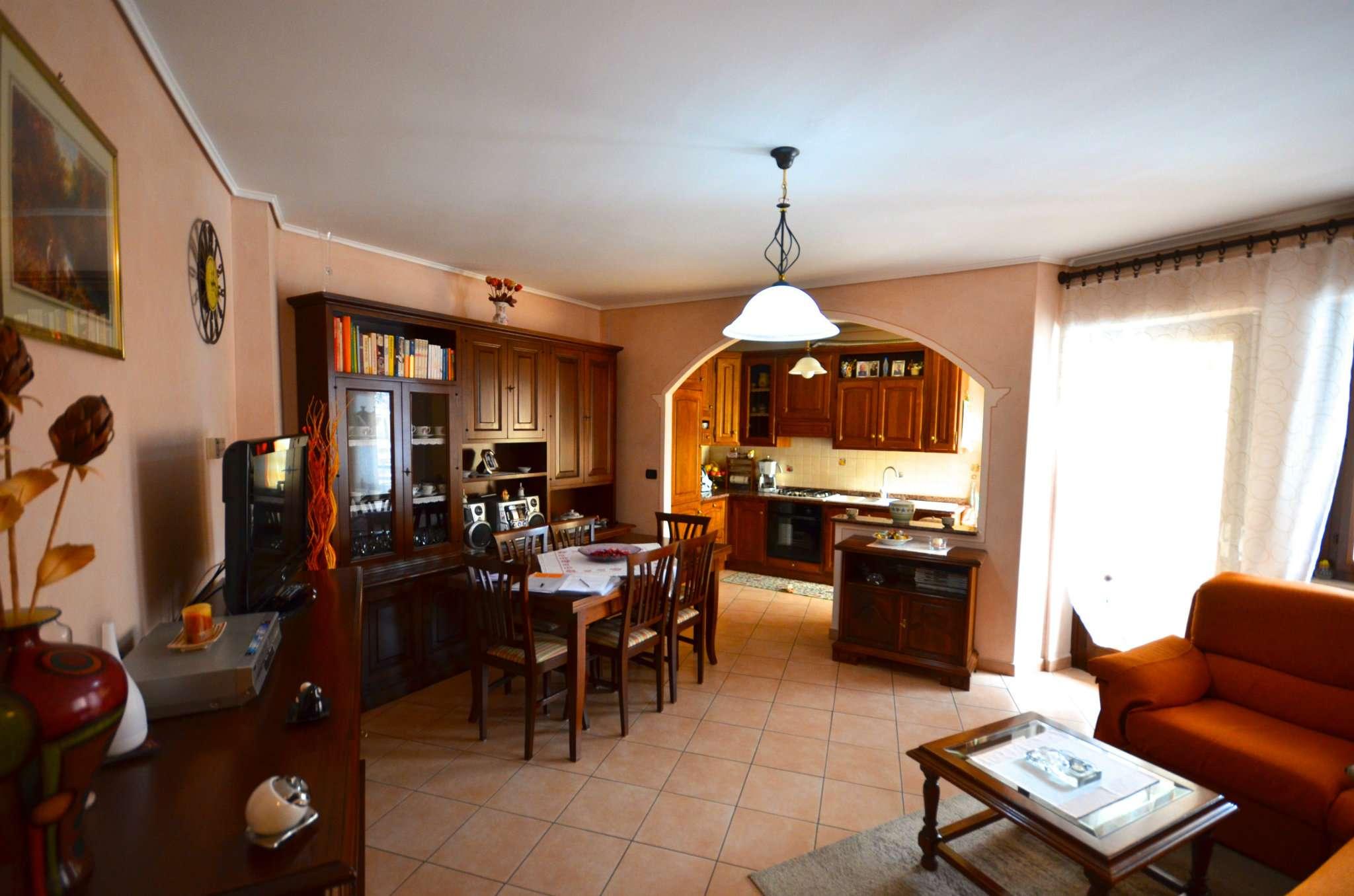Appartamento in vendita a Borgo San Dalmazzo, 4 locali, prezzo € 100.000 | CambioCasa.it