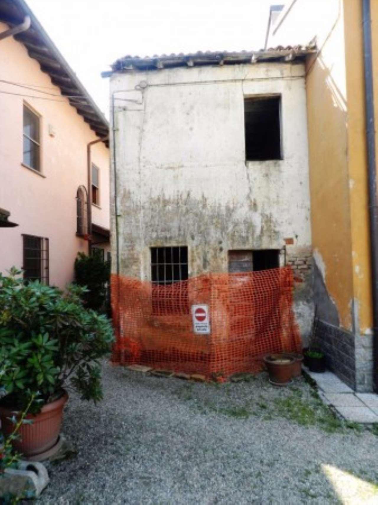 Rustico / Casale in vendita a Marcignago, 3 locali, prezzo € 25.000 | CambioCasa.it