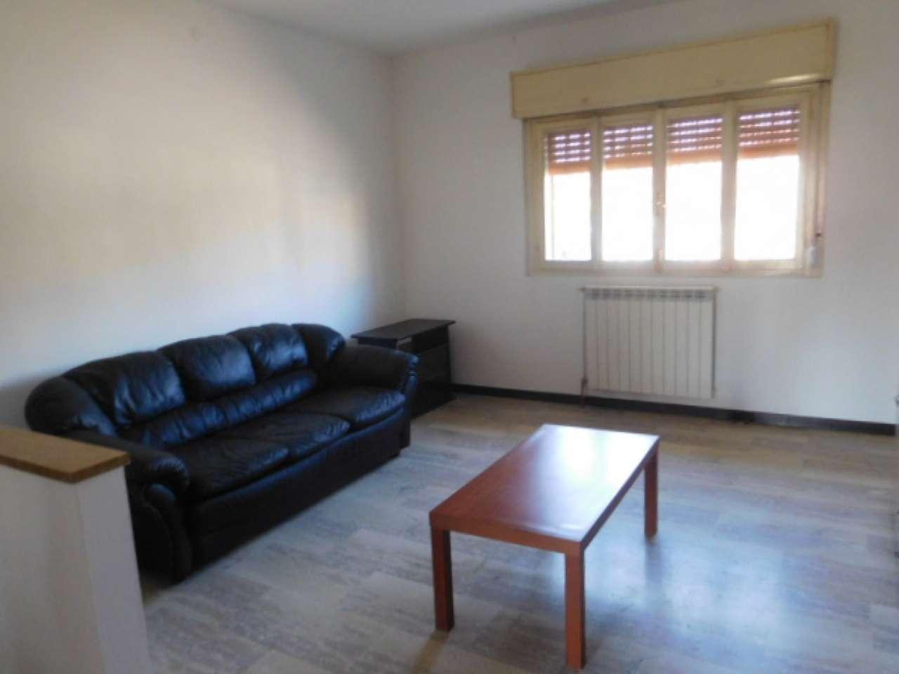 Appartamento in affitto a Pavia, 3 locali, prezzo € 650   CambioCasa.it