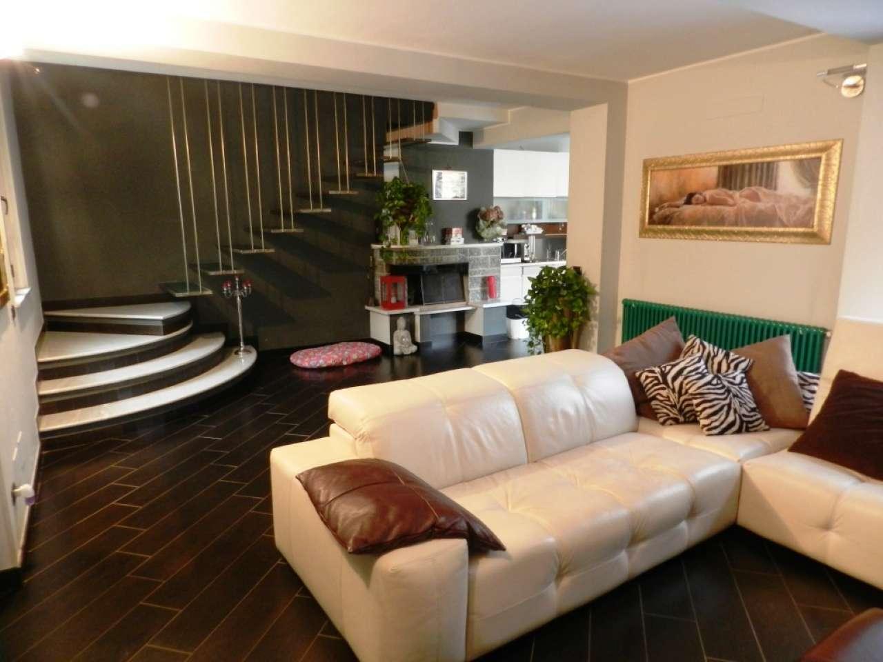 Soluzione Indipendente in vendita a Pavia, 4 locali, prezzo € 340.000 | PortaleAgenzieImmobiliari.it
