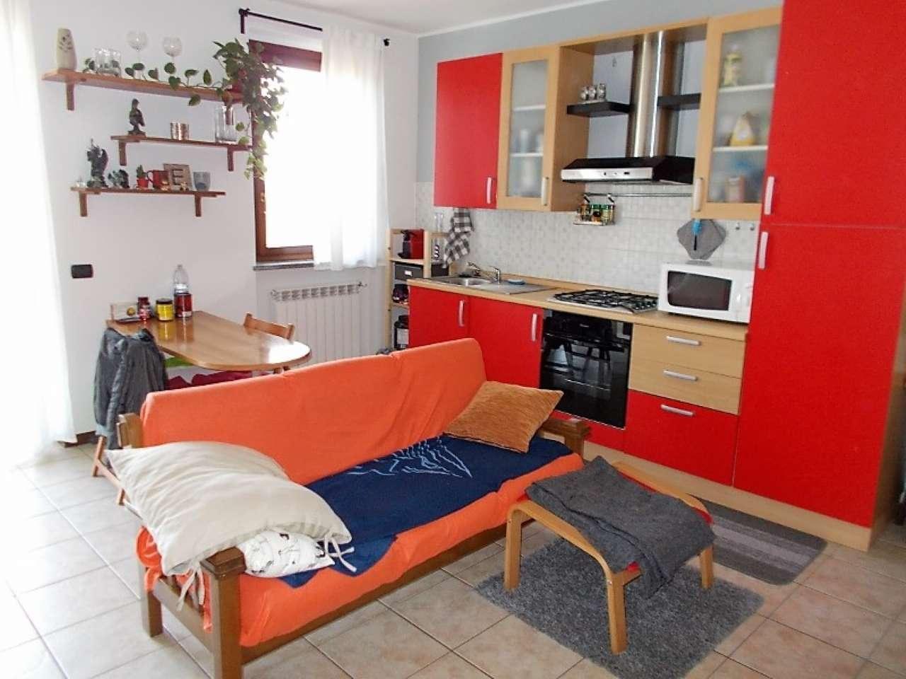 Appartamento in affitto a San Martino Siccomario, 2 locali, prezzo € 450 | CambioCasa.it