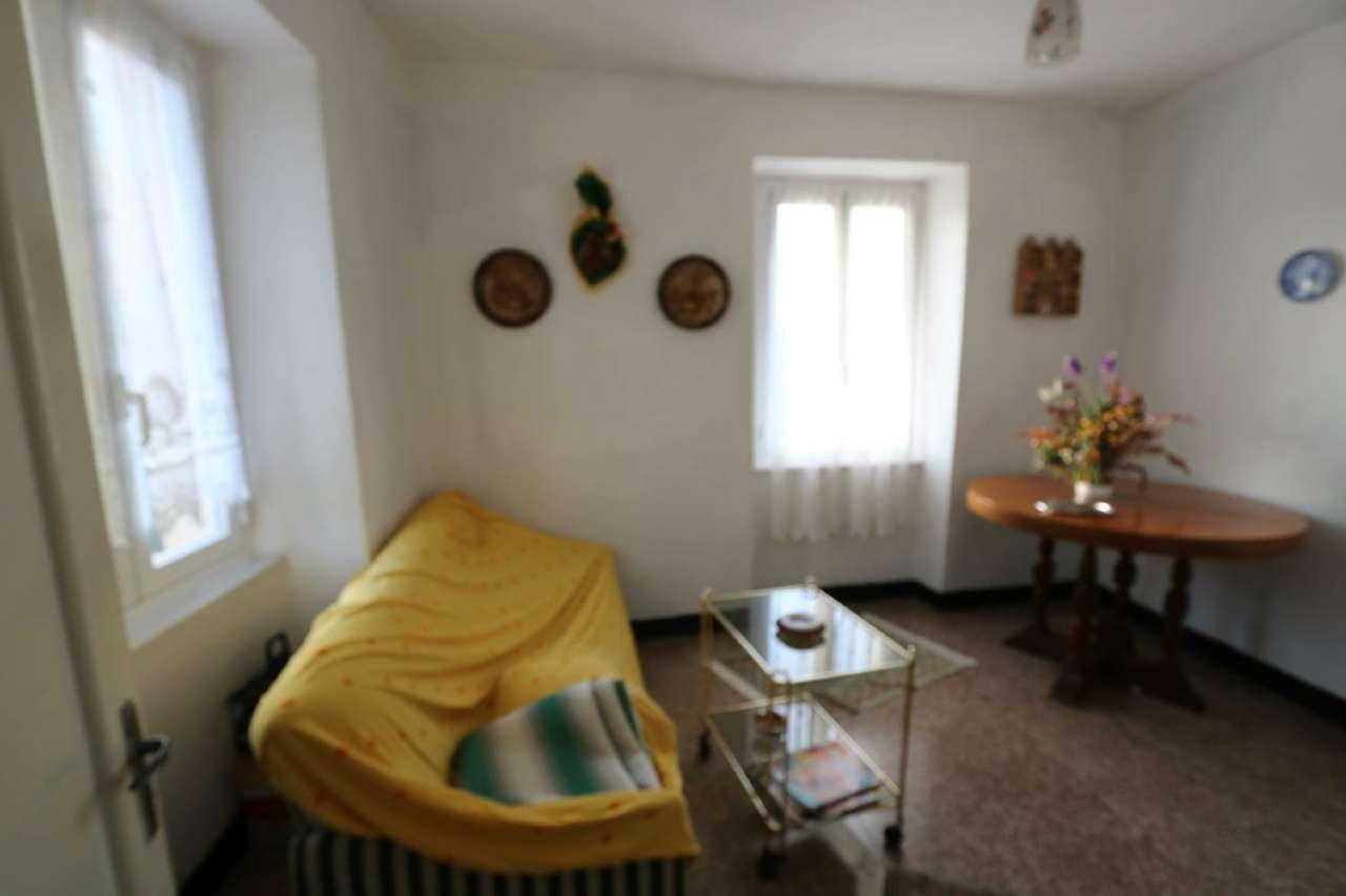 Soluzione Semindipendente in vendita a Vobbia, 6 locali, prezzo € 25.000   PortaleAgenzieImmobiliari.it