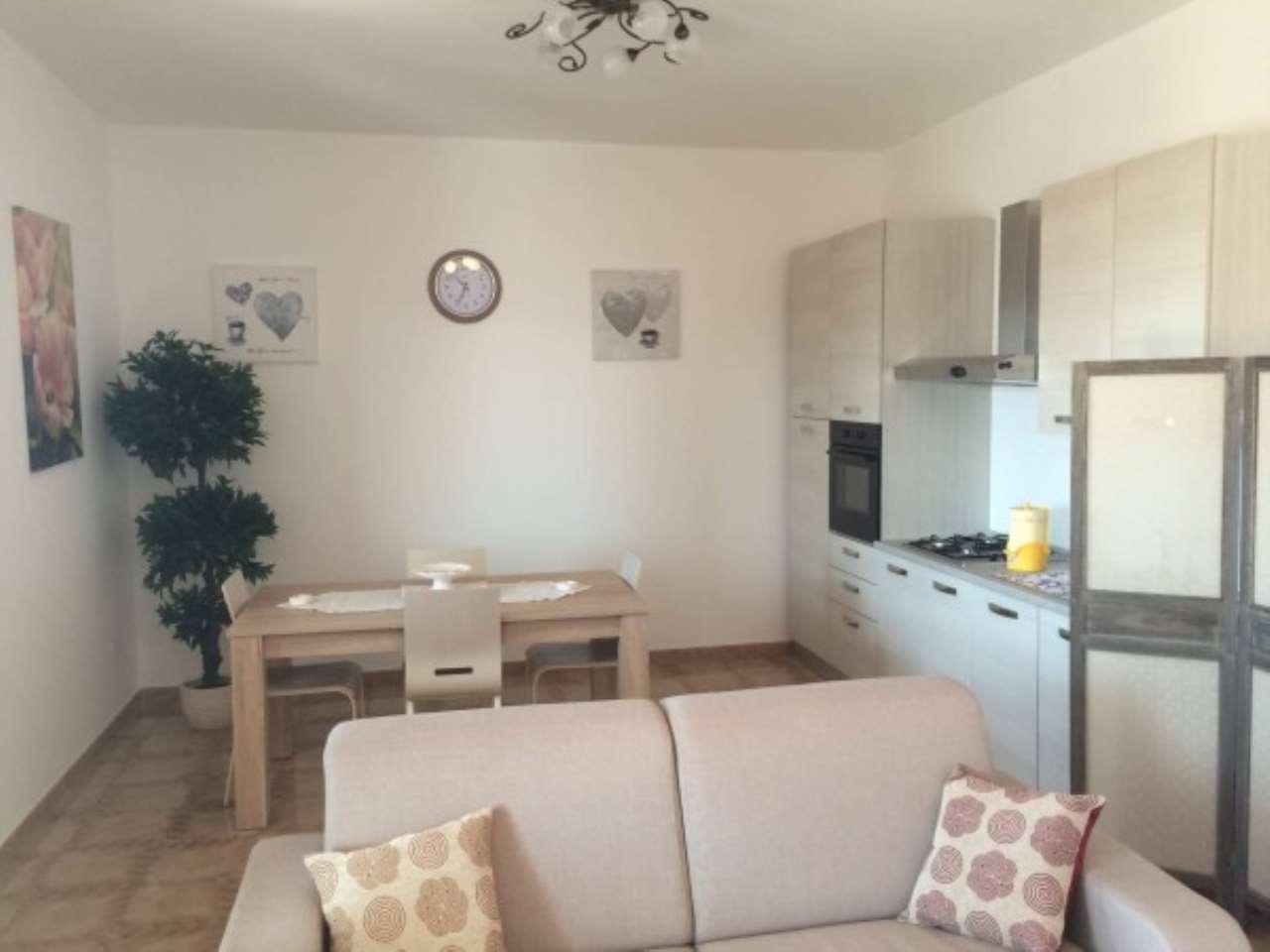 Appartamento in ottime condizioni arredato in affitto Rif. 8964655
