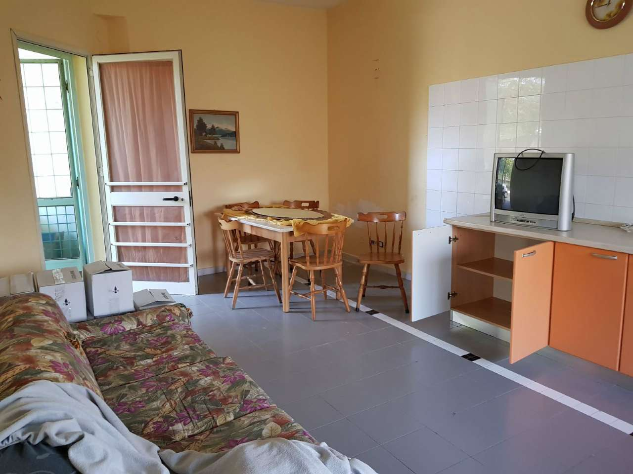 Appartamento in buone condizioni parzialmente arredato in affitto Rif. 5980734