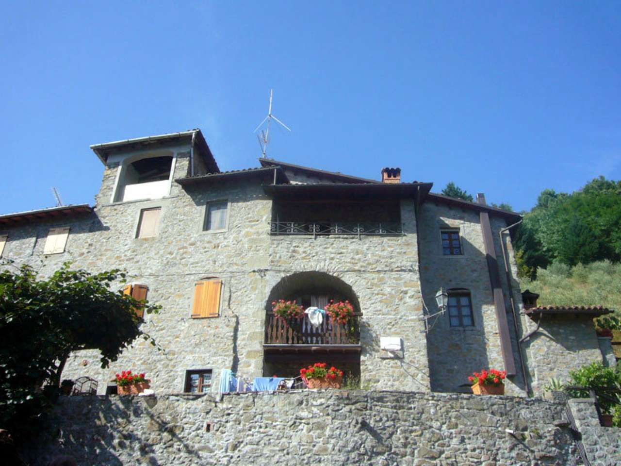 Appartamento in vendita a Barga, 6 locali, prezzo € 120.000 | PortaleAgenzieImmobiliari.it