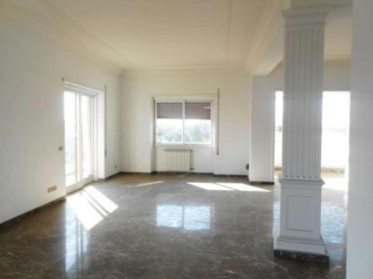 Appartamento in vendita a Roma, 6 locali, zona Zona: 32 - Fleming, Vignaclara, Monte Milvio, prezzo € 1.400.000 | CambioCasa.it