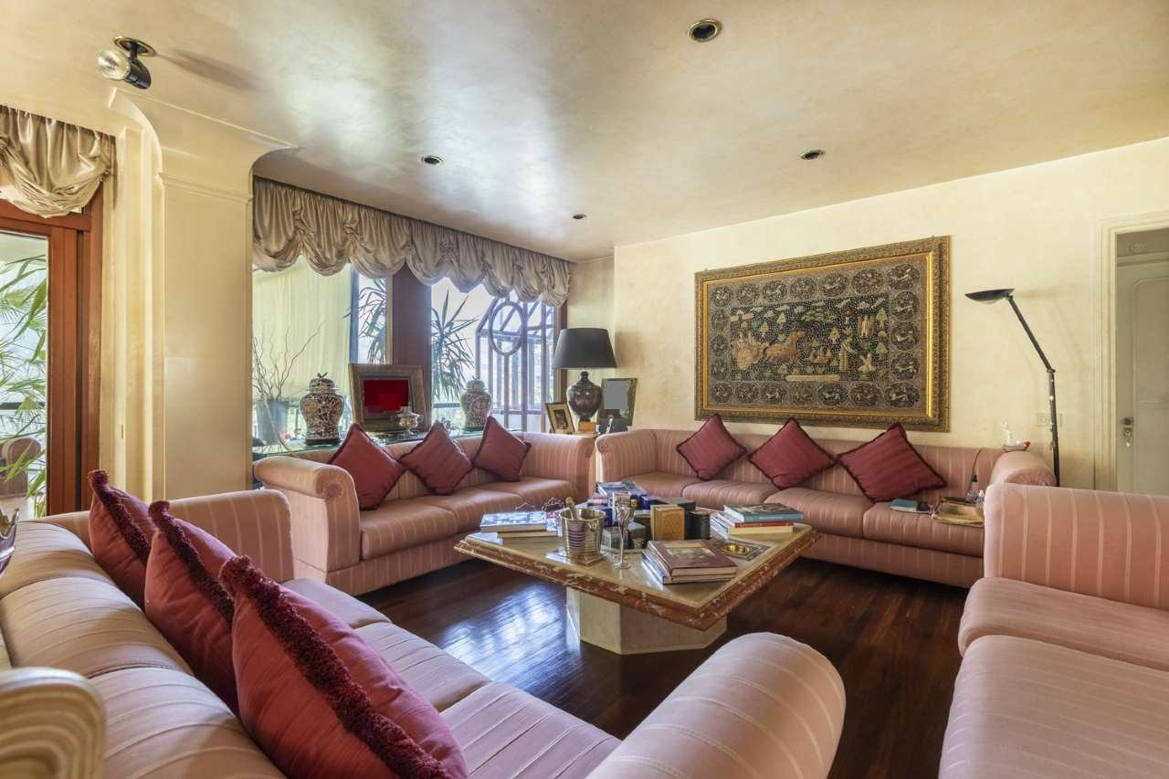 Appartamento in vendita a Roma, 9999 locali, zona Zona: 29 . Balduina, Montemario, Sant'Onofrio, Trionfale, Camilluccia, Cortina d'Ampezzo, prezzo € 1.250.000 | CambioCasa.it