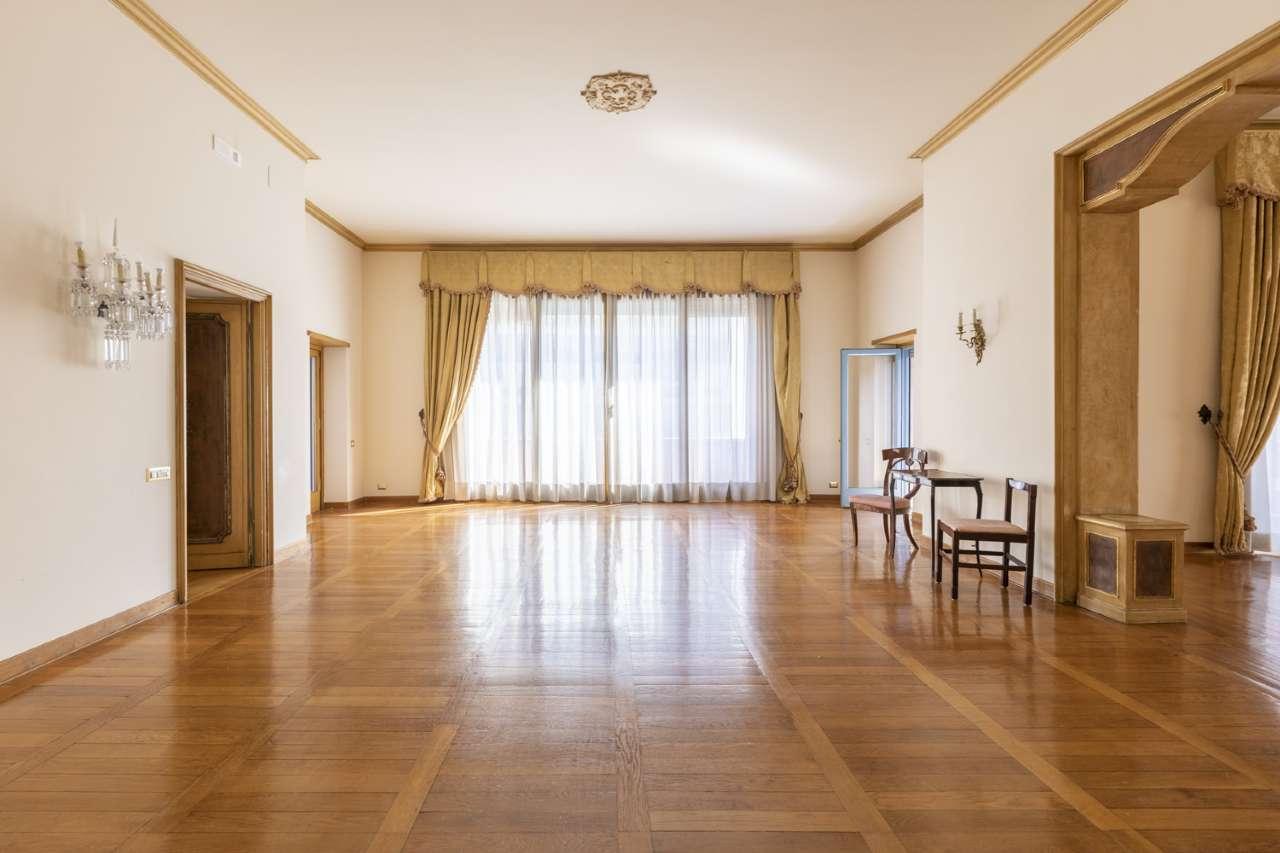 Appartamento in vendita a Roma, 14 locali, zona Zona: 2 . Flaminio, Parioli, Pinciano, Villa Borghese, prezzo € 2.600.000 | CambioCasa.it