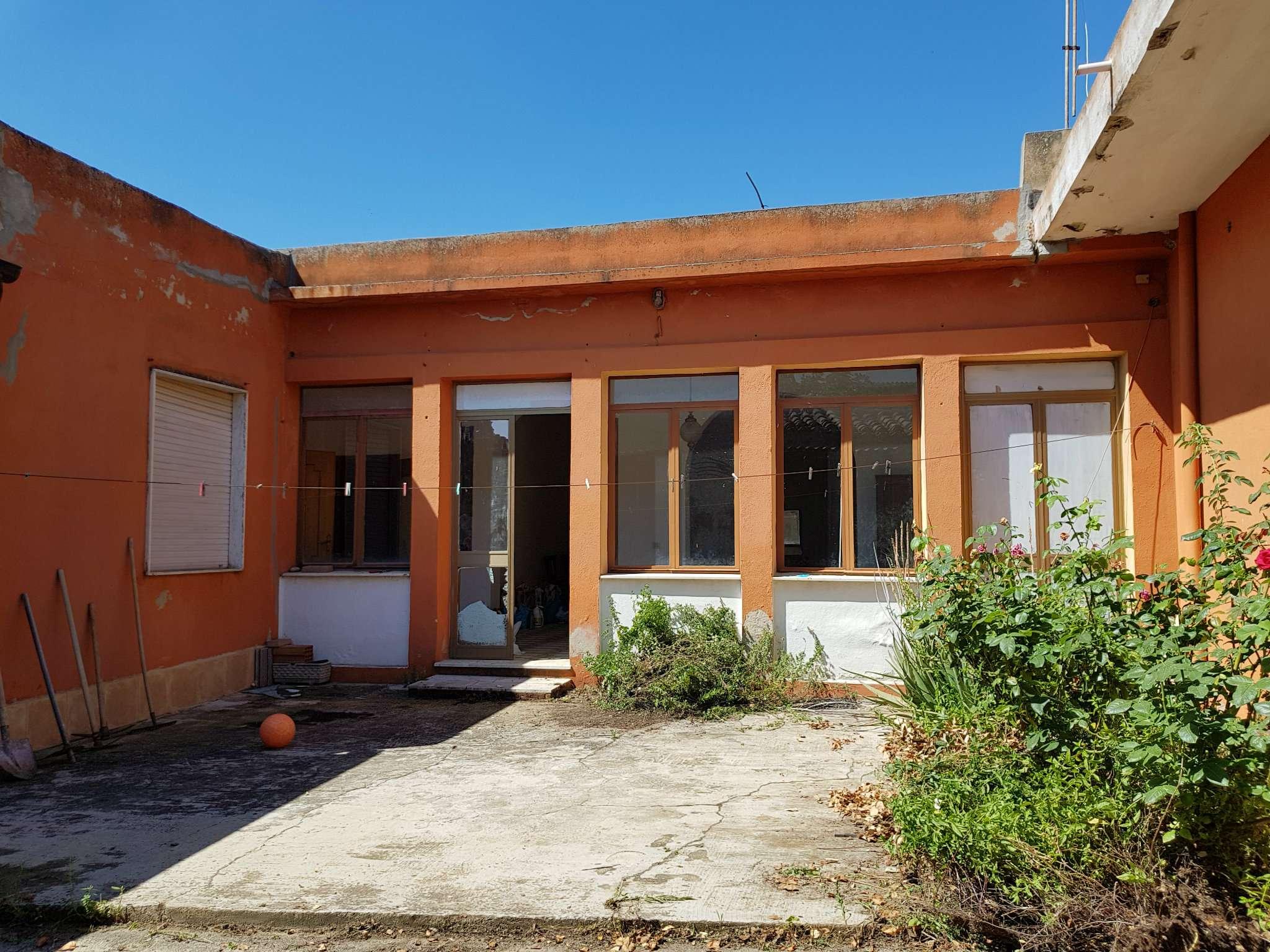 Casa Indipendente da ristrutturare in vendita Rif. 7611871