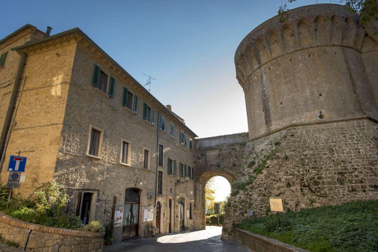 Grazioso appartamento nel cento storico di Volterra con terrazzo