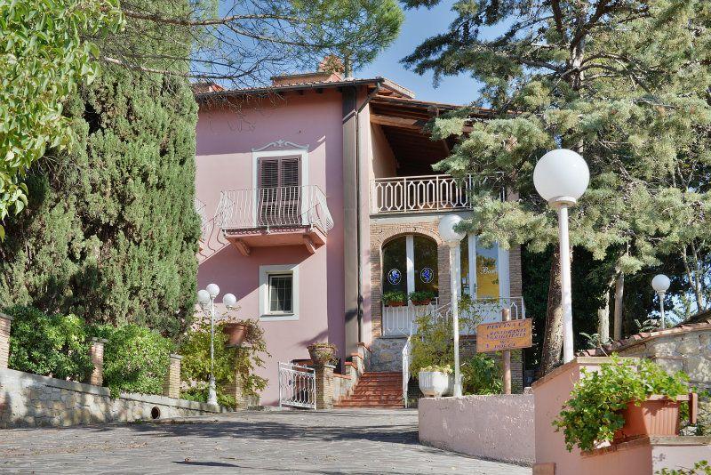 Prestigioso ed Exclusive Hotel per chi cerca intimità tra le colline etrusche