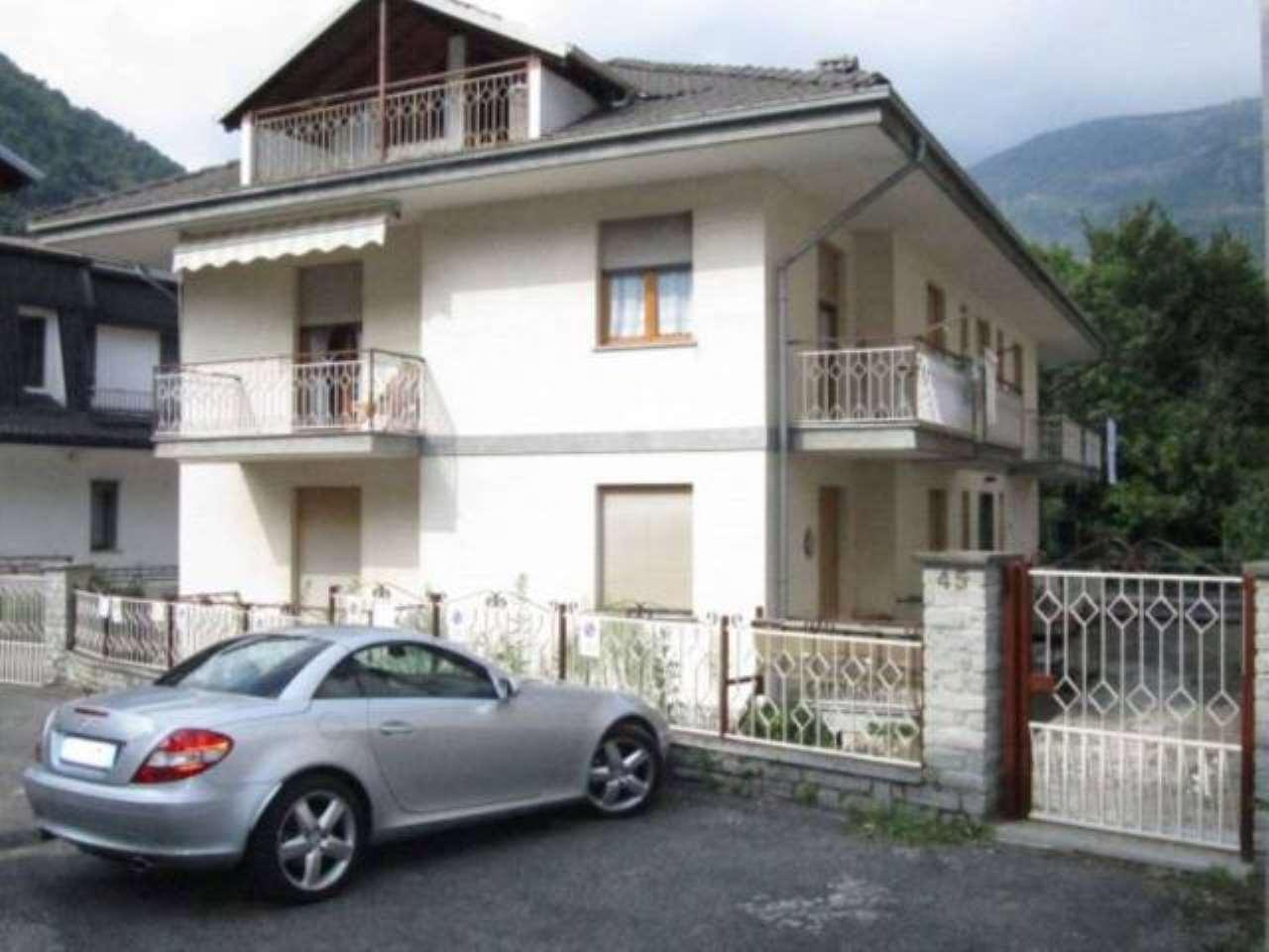 Appartamento in ottime condizioni arredato in vendita Rif. 5285495