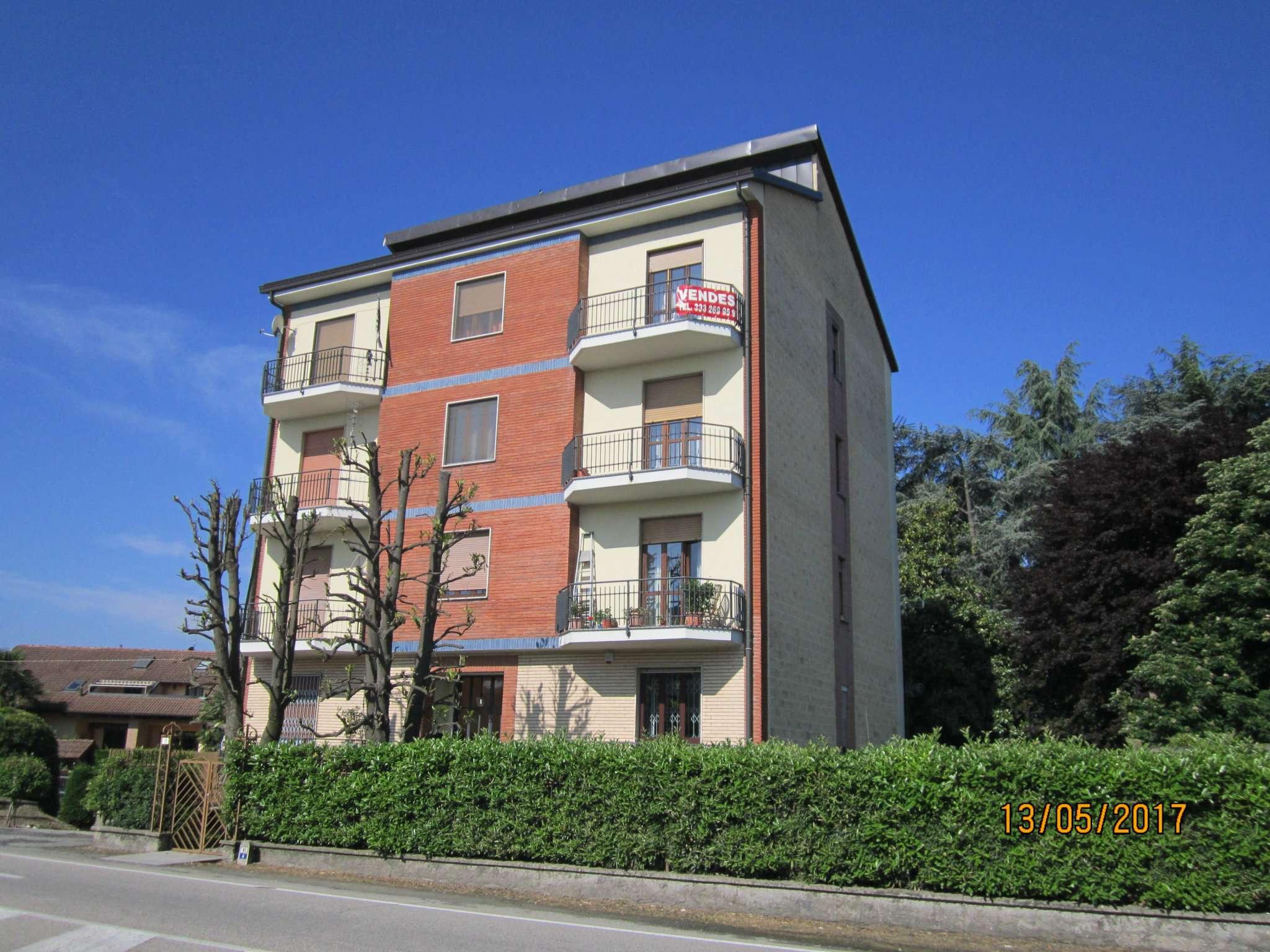 Appartamento in ottime condizioni in vendita Rif. 8143693