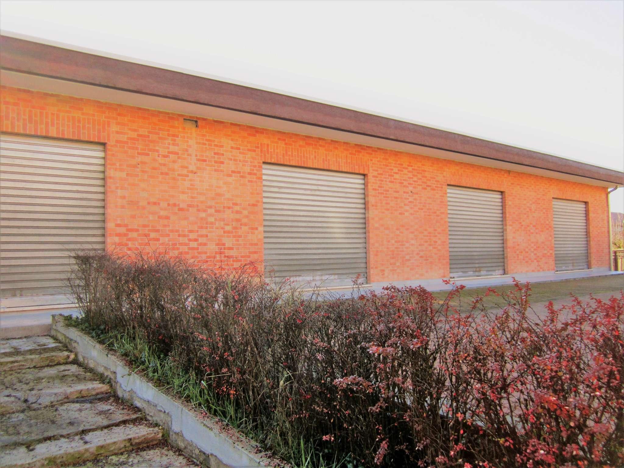 Ufficio / Studio in affitto a Cambiano, 1 locali, prezzo € 1.000 | PortaleAgenzieImmobiliari.it