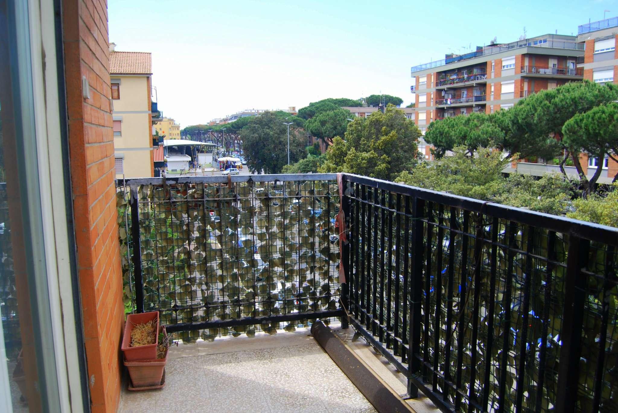 Appartamento in vendita a Roma, 4 locali, zona Zona: 39 . Lido di Ostia, Ostia, Castel Fusano, Torre Paterno, prezzo € 219.000 | CambioCasa.it