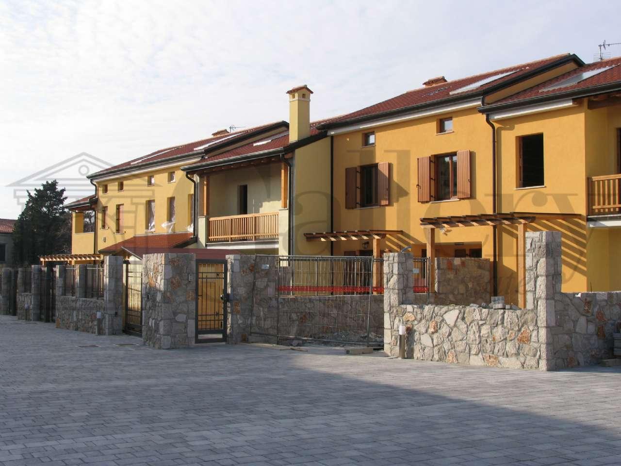Basovizza vicinanze centro abitato, Nuovo appartamento in bifamiliare , foto 1
