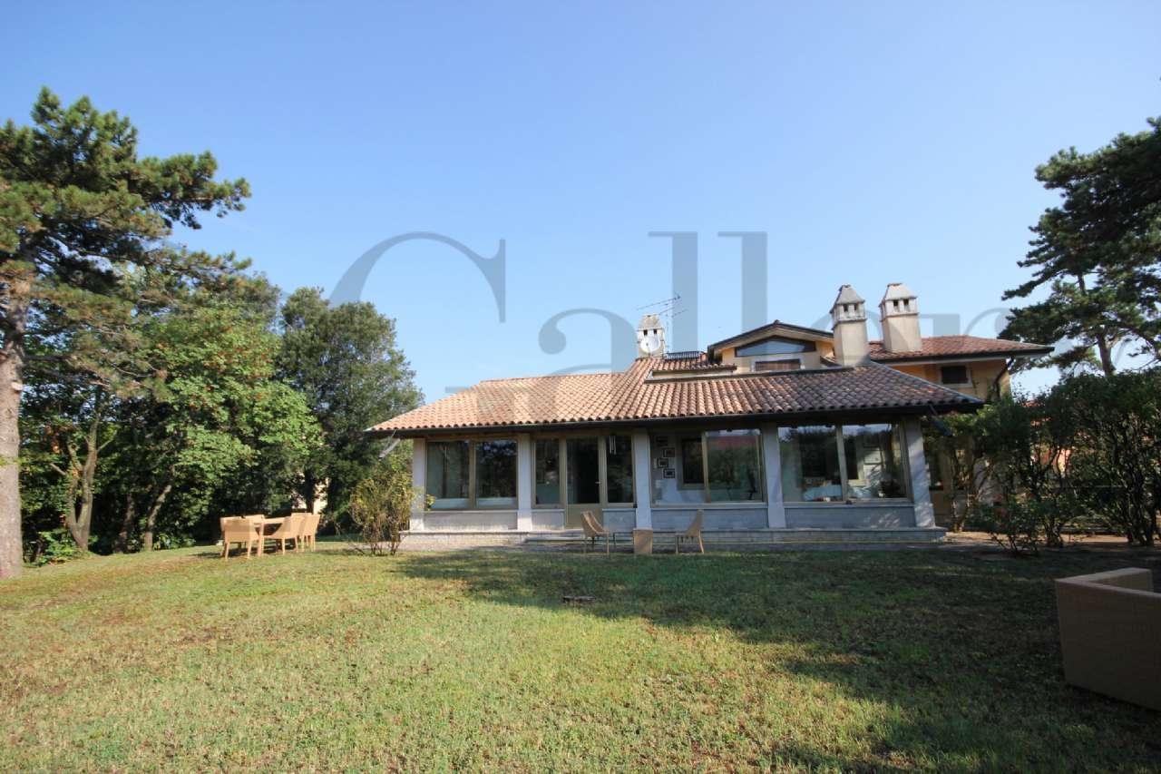 SISTIANA adiacenze Porto Piccolo prestigiosa Villa