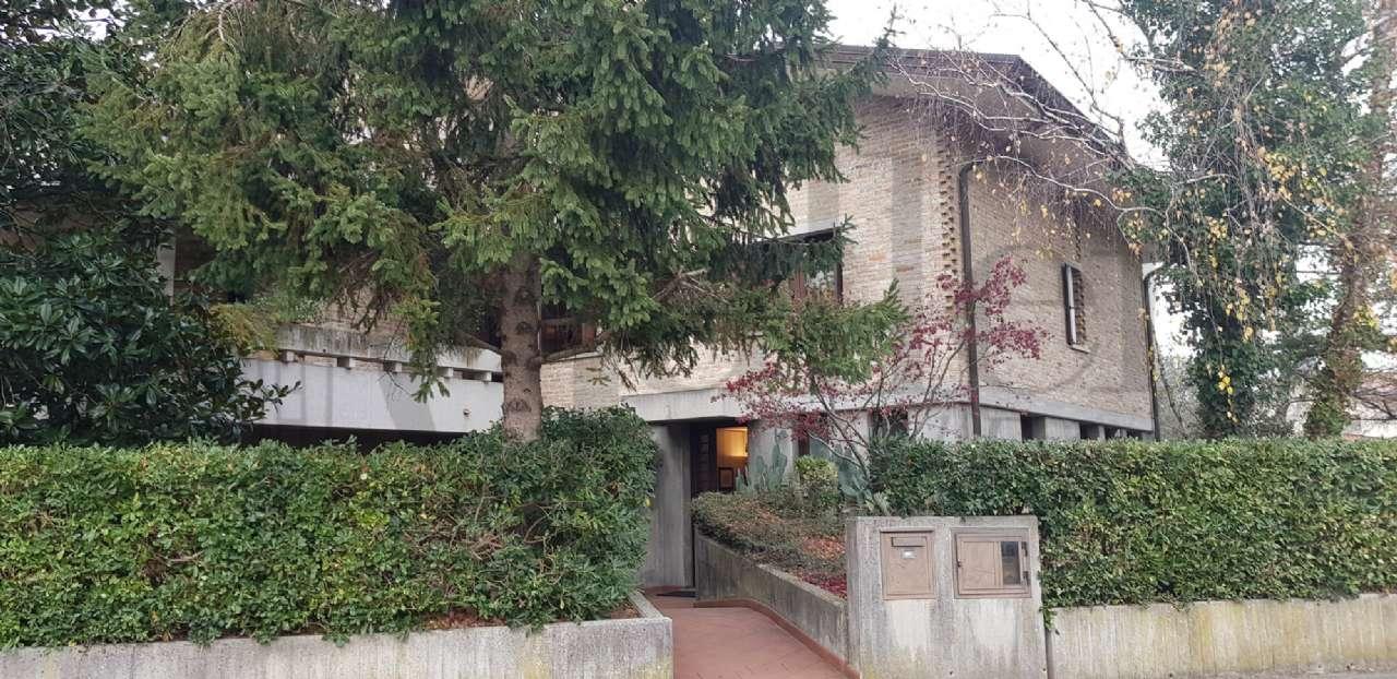 Villa in ottime condizioni in vendita Rif. 9001638