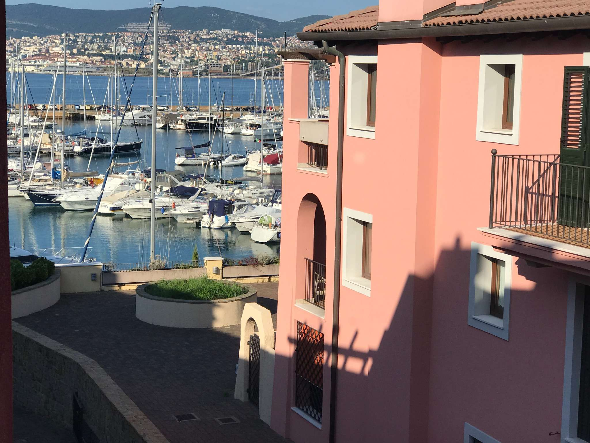 Appartamento in vendita a Muggia, 4 locali, prezzo € 330.000   PortaleAgenzieImmobiliari.it