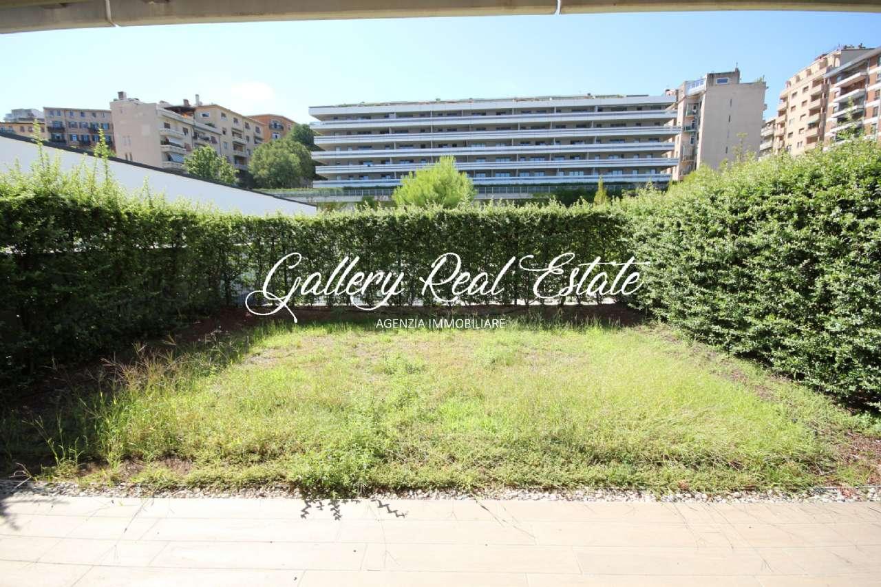 Appartamento in vendita a Trieste, 4 locali, prezzo € 500.000 | PortaleAgenzieImmobiliari.it