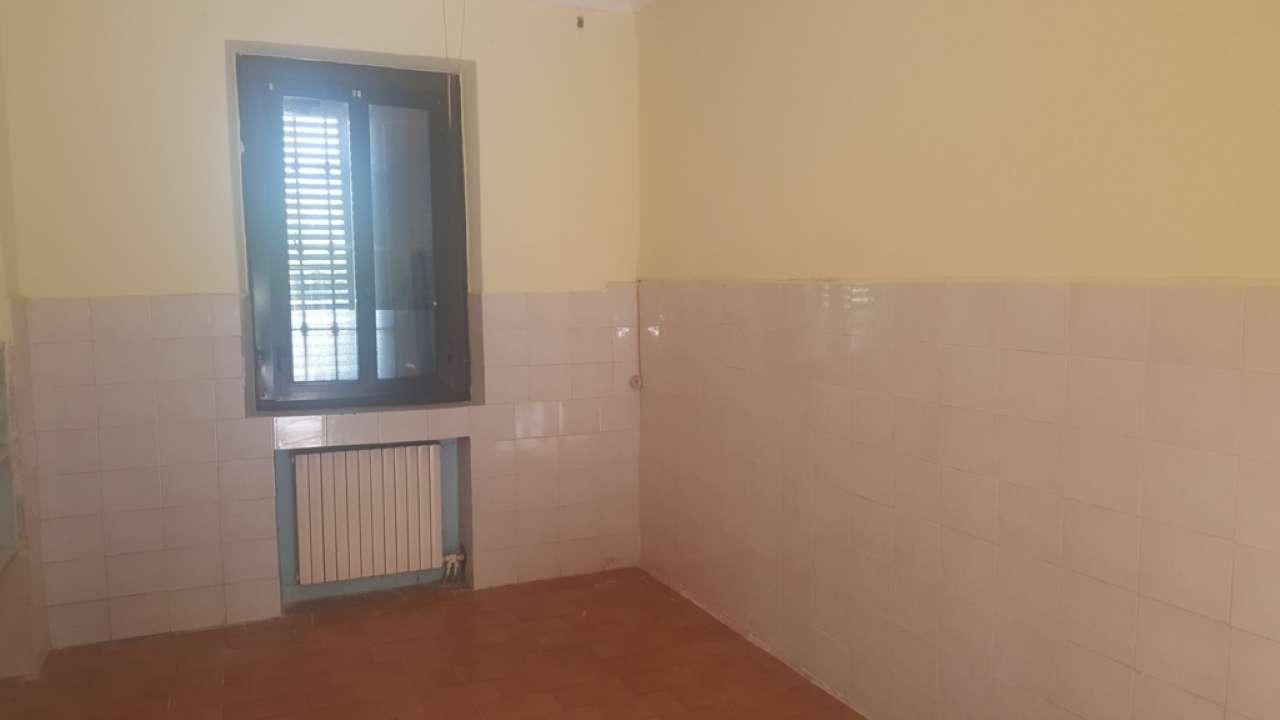 Appartamento da ristrutturare in vendita Rif. 7245467