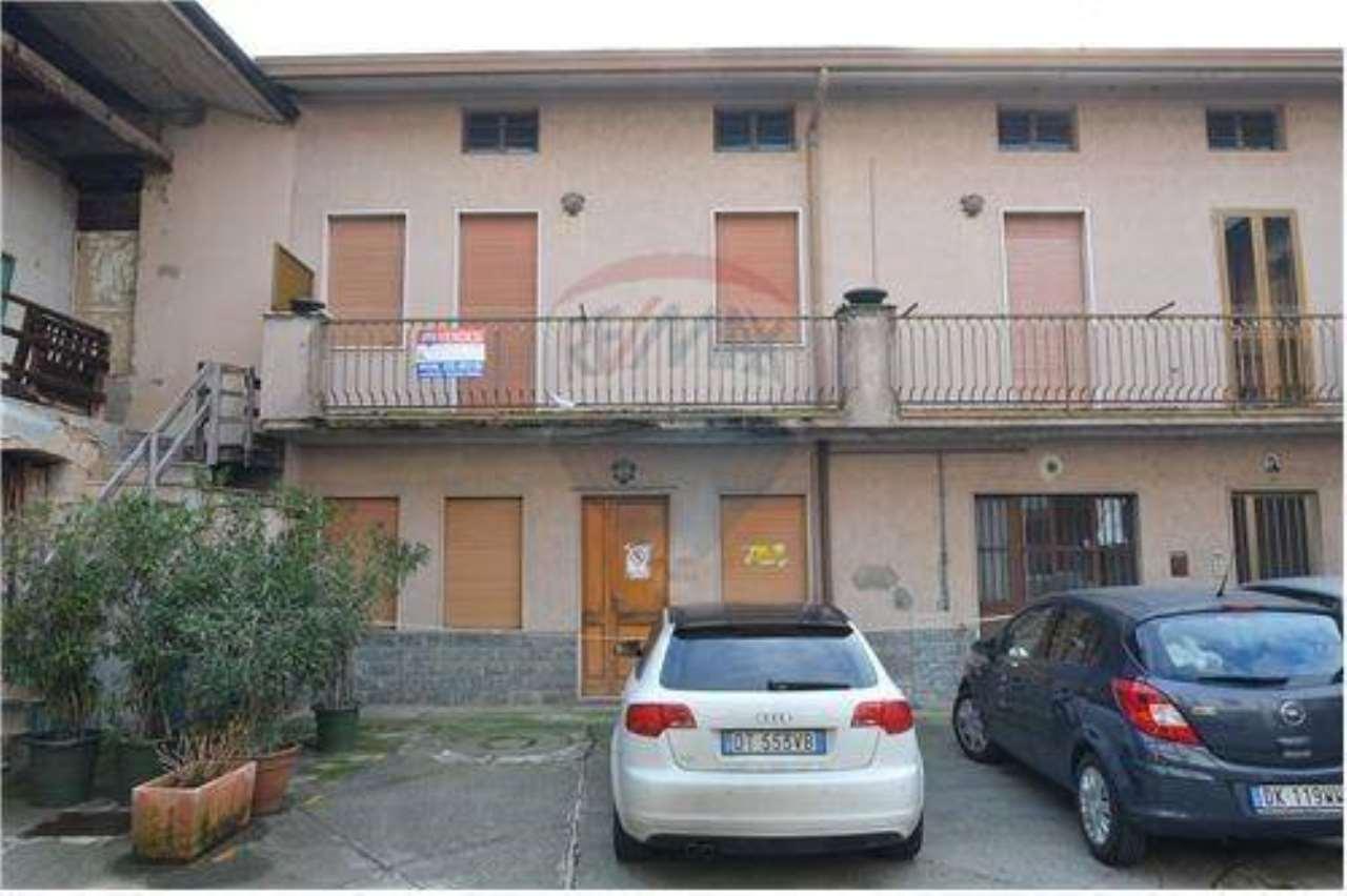 Rustico / Casale in vendita a Chignolo d'Isola, 4 locali, prezzo € 79.000 | CambioCasa.it