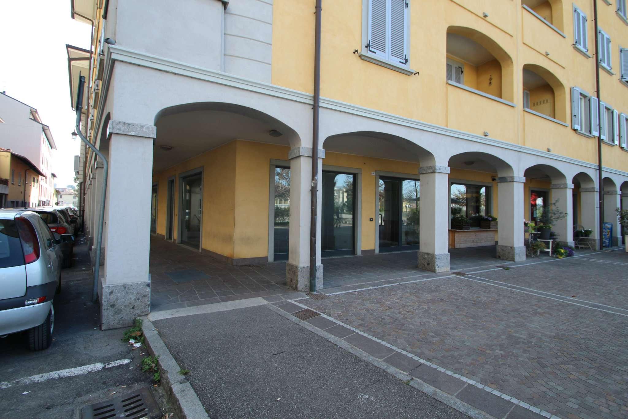 Negozio / Locale in vendita a Ponte San Pietro, 3 locali, prezzo € 159.000 | CambioCasa.it