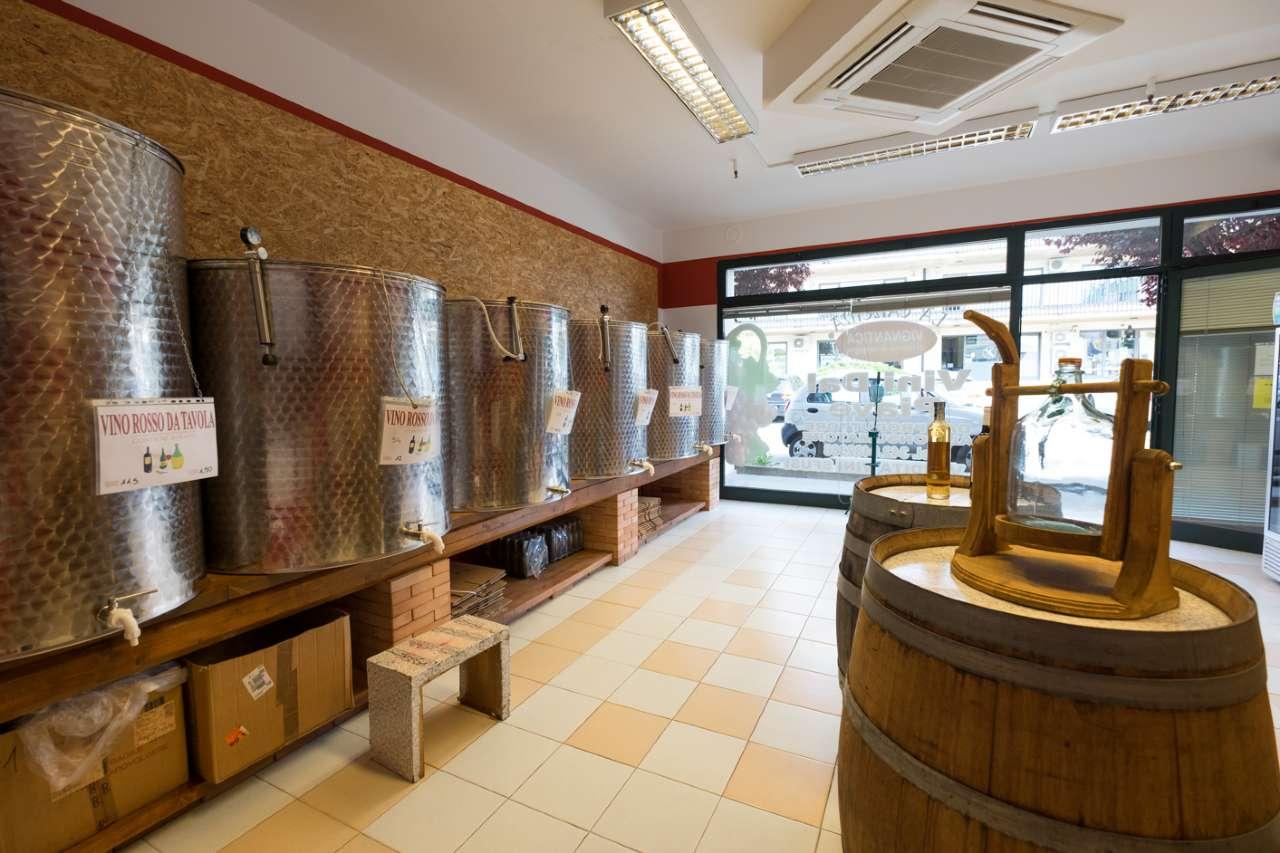 Negozio / Locale in vendita a Medolago, 1 locali, prezzo € 77.000 | CambioCasa.it