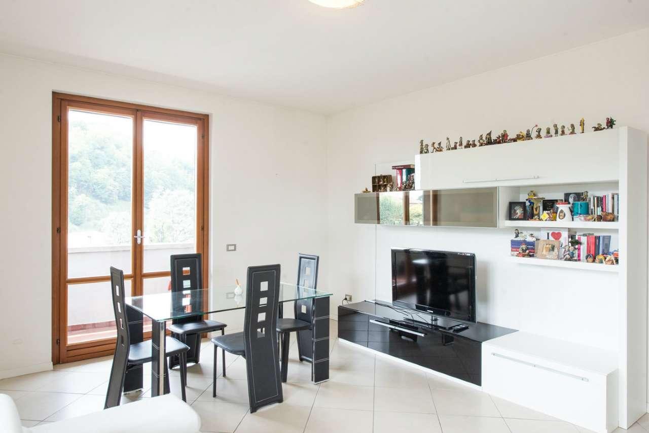 Appartamento ristrutturato in vendita Rif. 6701459