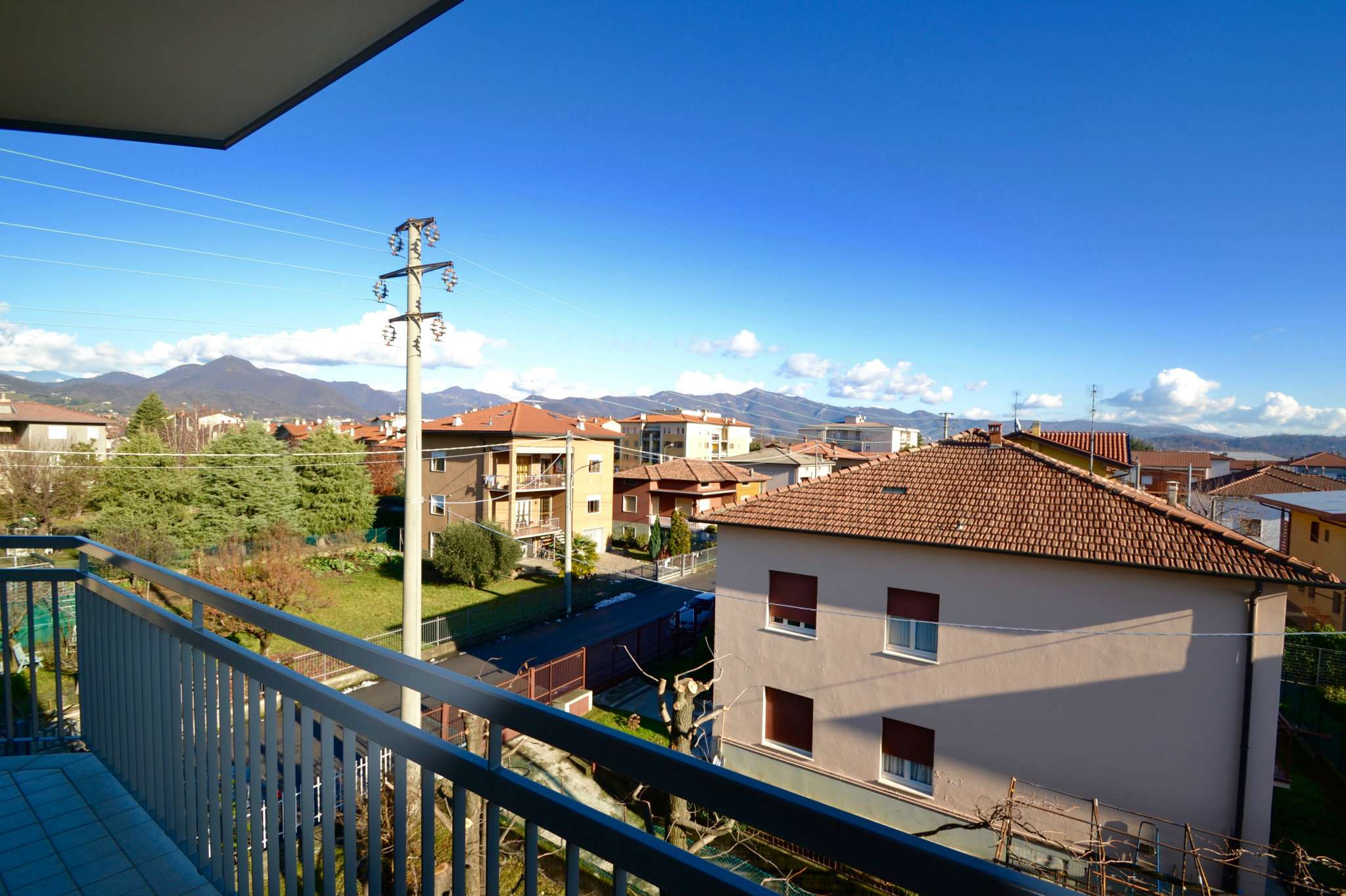 Appartamento in vendita a Brembate di Sopra, 4 locali, prezzo € 118.000 | CambioCasa.it