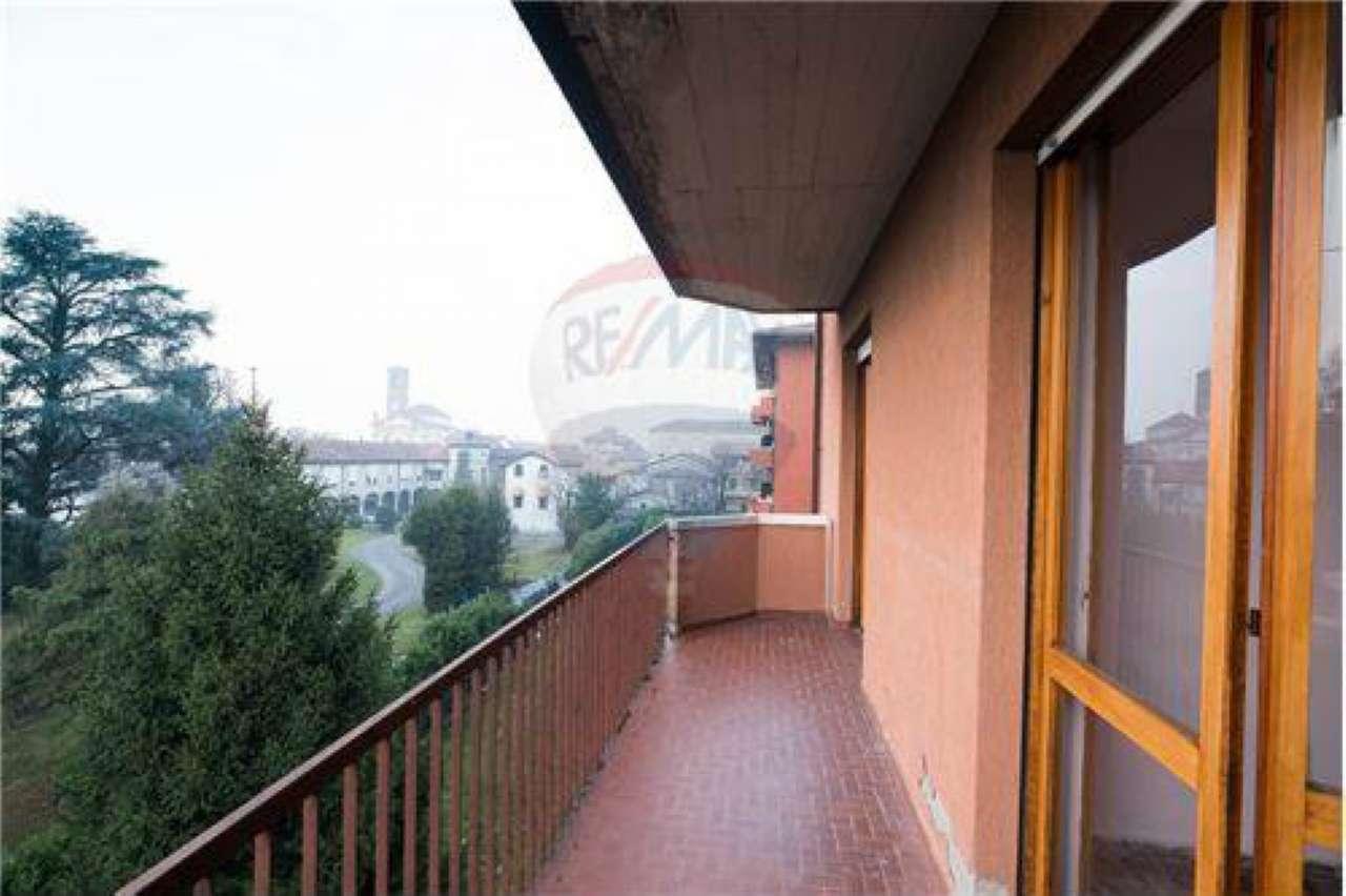 Appartamento in vendita a Suisio, 4 locali, prezzo € 90.000 | CambioCasa.it