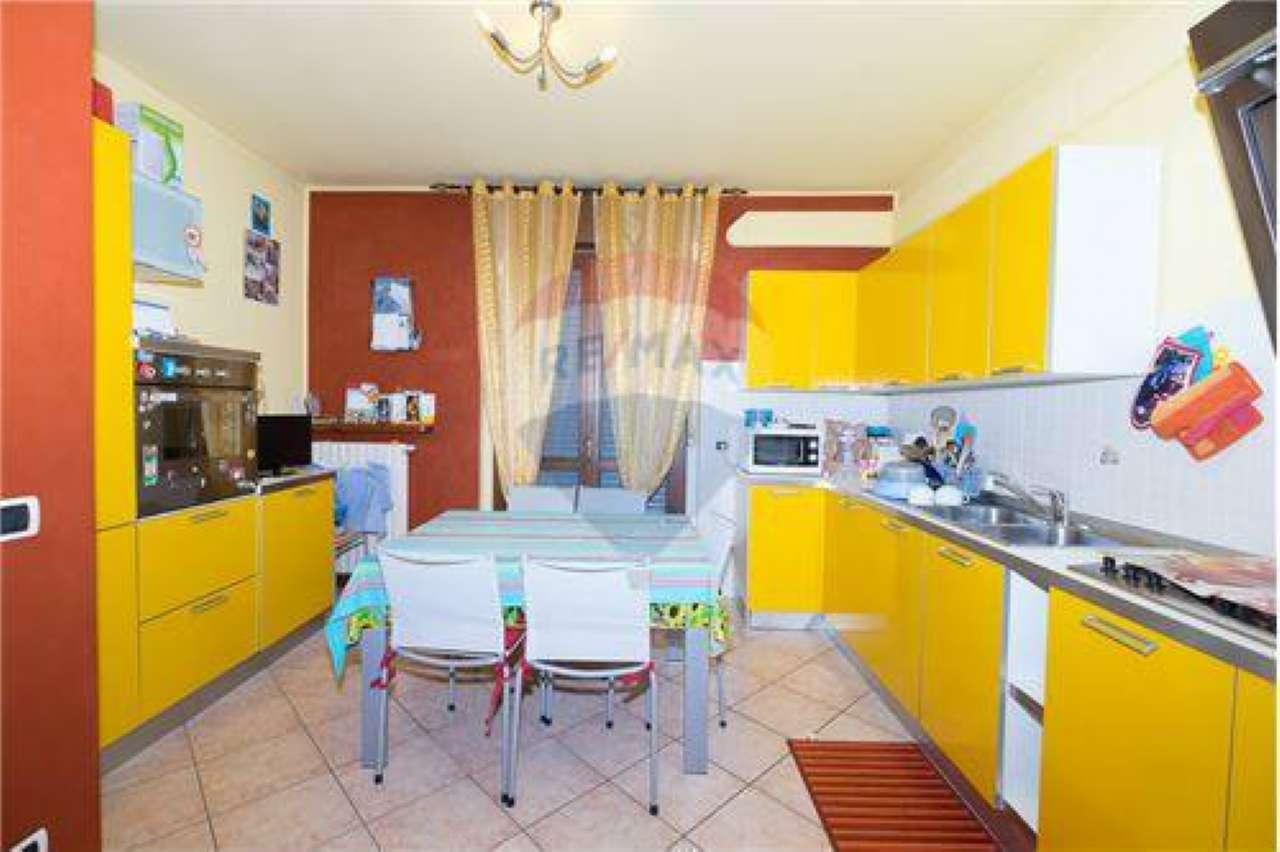 Appartamento in vendita a Antegnate, 3 locali, prezzo € 88.000   CambioCasa.it