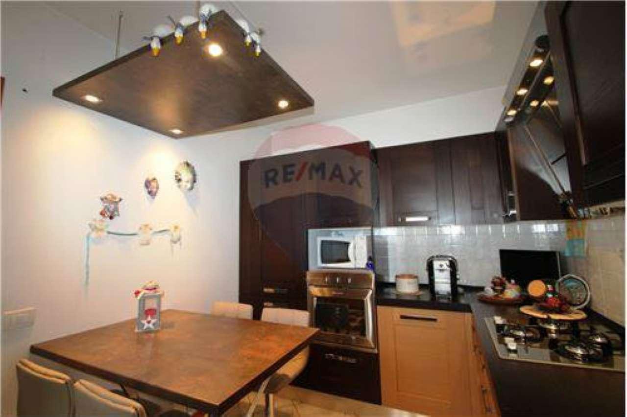 Appartamento in vendita a Stezzano, 3 locali, prezzo € 165.000 | CambioCasa.it