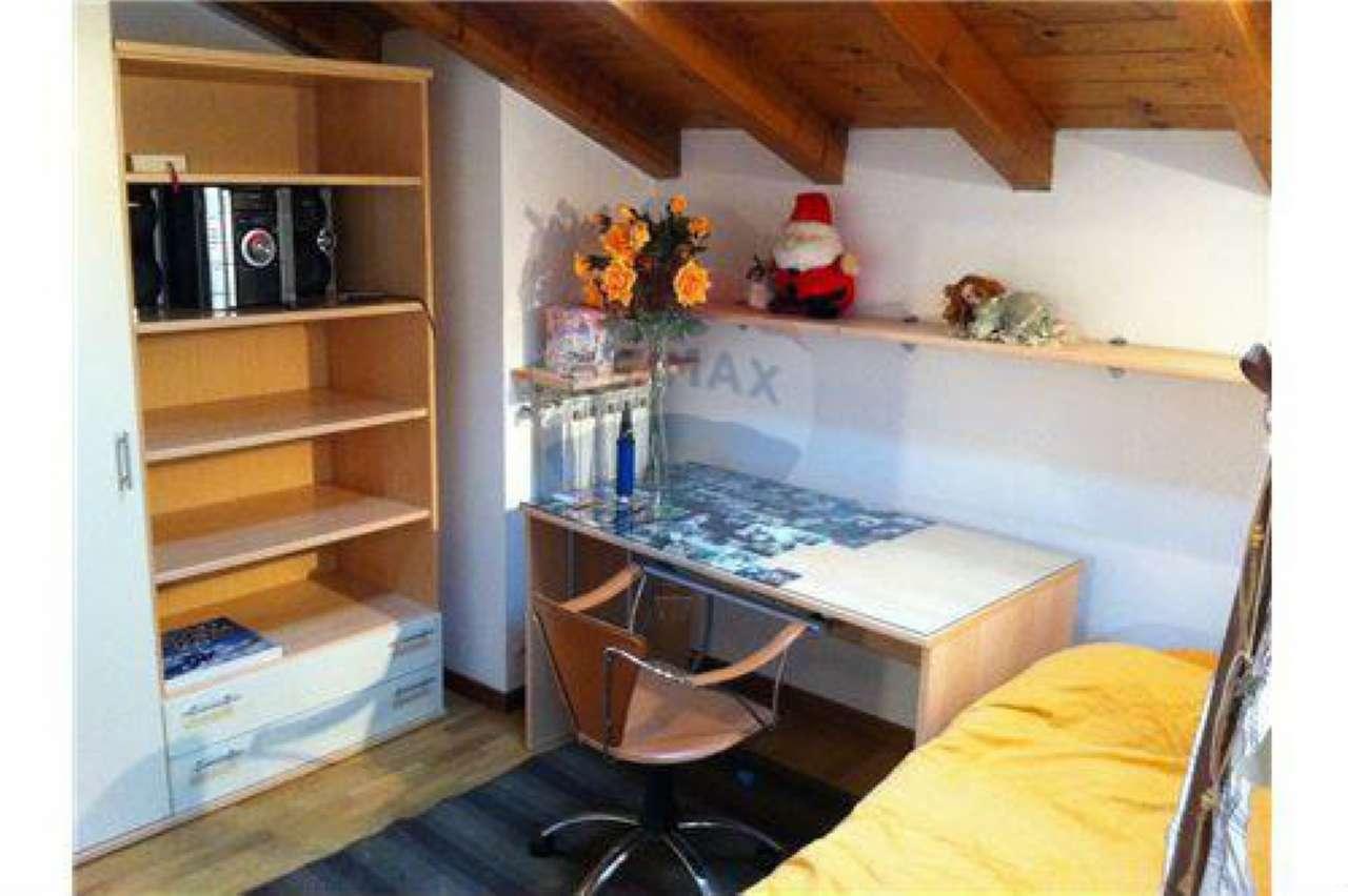 Appartamento in vendita a Berzo San Fermo, 3 locali, prezzo € 80.000 | CambioCasa.it