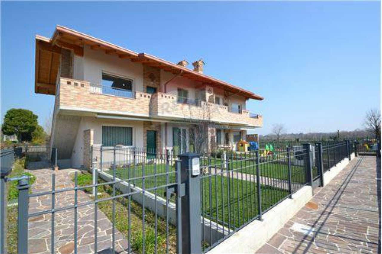Appartamento in vendita a Palazzago, 4 locali, prezzo € 235.000 | PortaleAgenzieImmobiliari.it